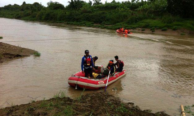 Pencarian Remaja di Karawang yang Terseret Arus Citarum Masih Nihil