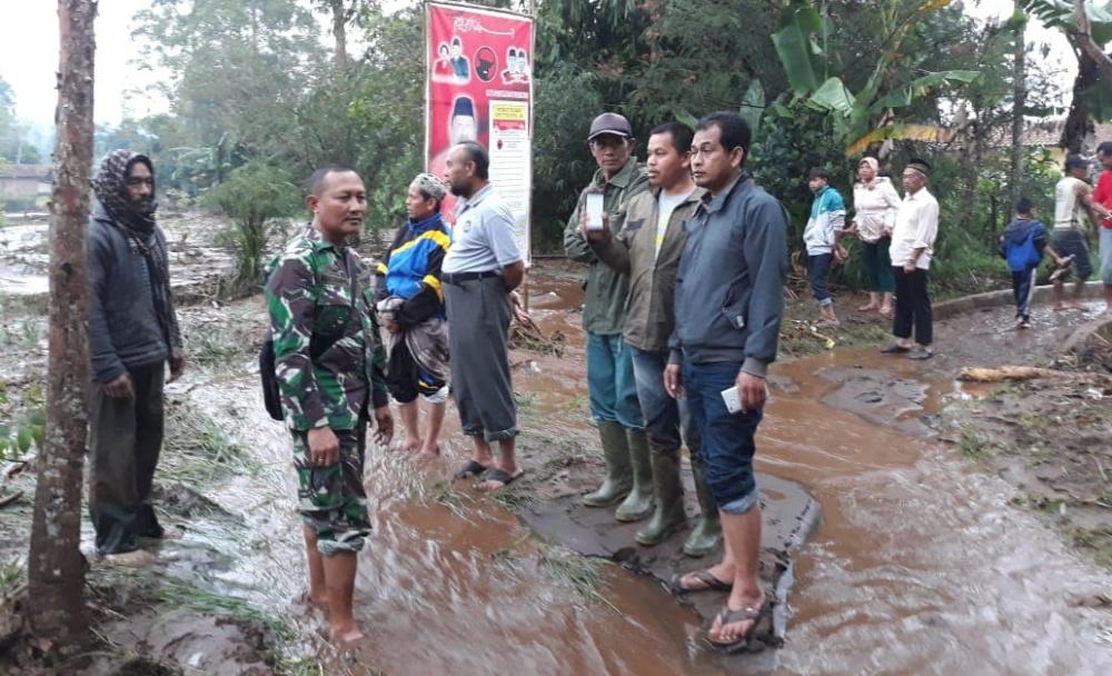 Banjir Bandang Terjang 5 Kampung di Garut