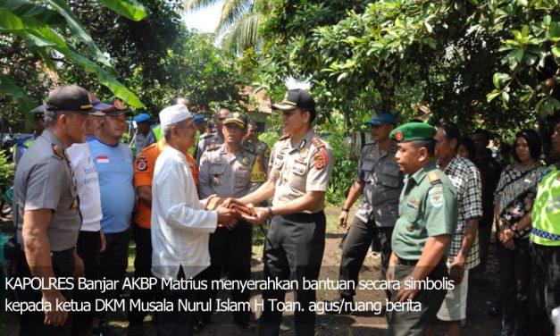 Polres Banjar dan Kodim 0613/Ciamis Bantu Korban Puting Beliung