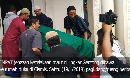 Truk Pasir Terbalik Hantam Mini Bus di Lingkar Gentong, Sekeluarga asal Ciamis Tewas