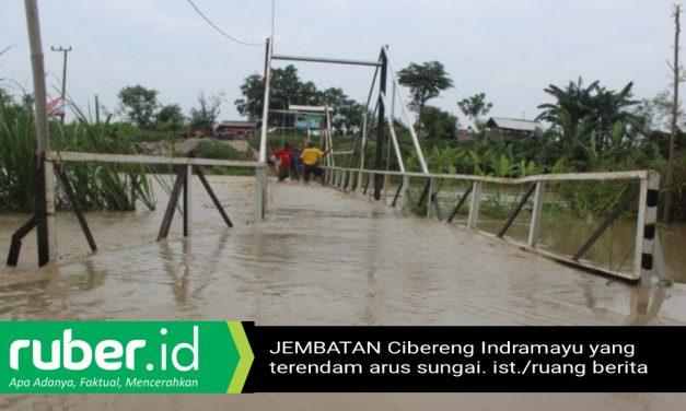 Jembatan Cibereng Indramayu Terendam Arus Sungai, Warga Diminta Sabar