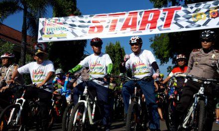 Ribuan Peserta Ikuti Millennial Road Safety Festival di Sumedang