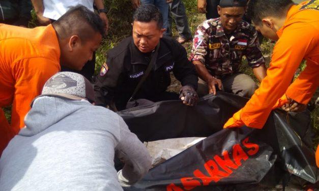 Pencari Kayu Bakar Ditemukan Tewas di Curug Sawer