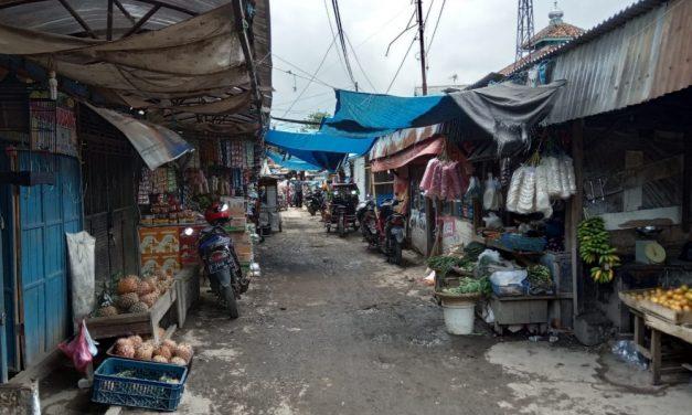 Kumuh, Pasar Inpres Sumedang Makin Ditinggalkan Konsumen