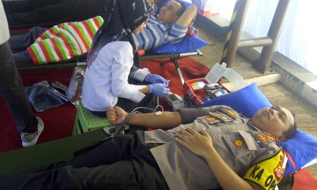 Stok Darah Habis, PMI Sumedang Dapat Bantuan dari Ratusan Anggota Polres