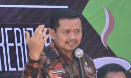 Bupati Dony Minta Pejabat Sumedang Responsif Tanggapi Keluhan Warga di Media