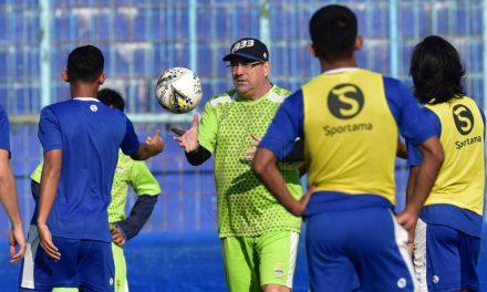 Preview Arema FC vs Persib: Misi Sulit Rebut Poin Penuh di Kandang Singo Edan