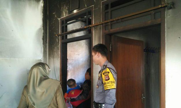 Diduga dari Lilin yang Menyala, Rumah Ortu Anggota Polres Sumedang Alami Kebakaran