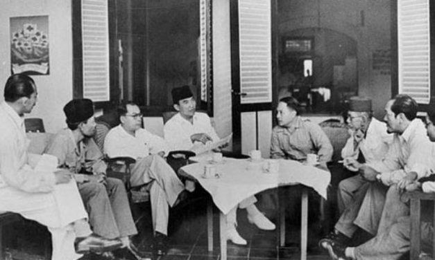 Sejarah 16 Agustus: Soekarno-Hatta Dibawa ke Rengasdengklok