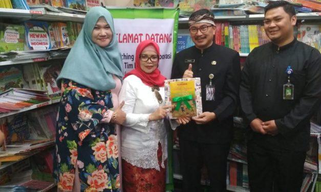 Salah Ayam, Disdik Kota Bandung Luncurkan Buku Kumpulan Cerpen Pelajar SD