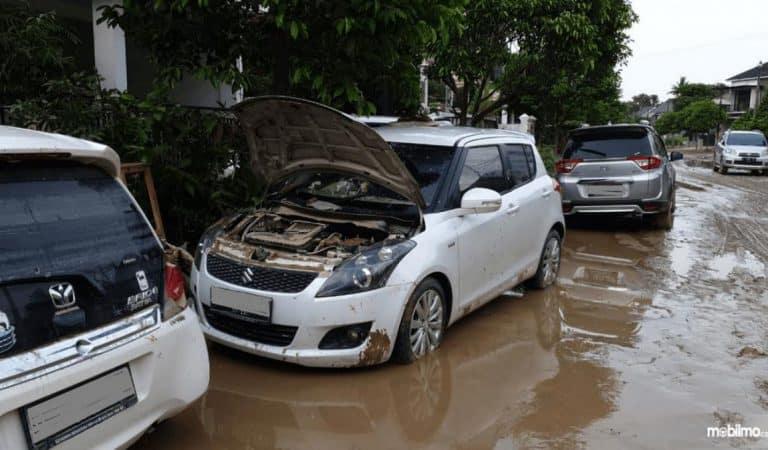 Musim Hujan, Hati-hati Beli Mobil Bekas Terendam Banjir! Kenali Ciri-cirinya
