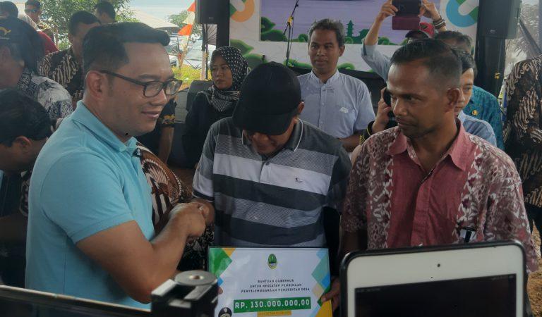 Gubernur Jawa Barat Sentil Gapura Kota Tahu yang Viral di Media Sosial