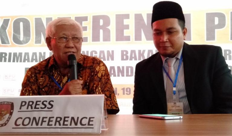 Pilkada 2020, Supratman-Ari Serahkan Berkas Dukungan ke KPU Pangandaran