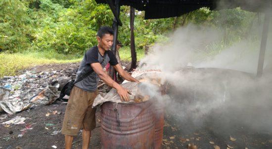 Arang Batok di Kota Tasikmalaya