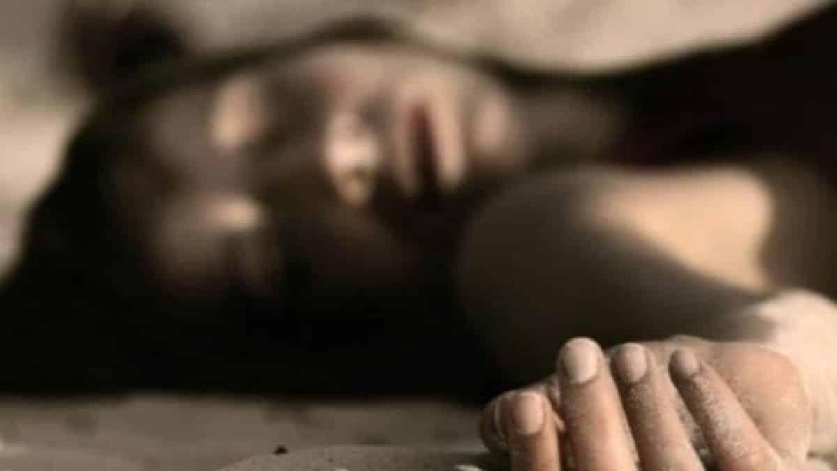 mayat perempuan