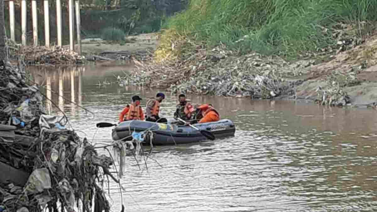 Tenggelam di Sungai Cisanggarung Cirebon