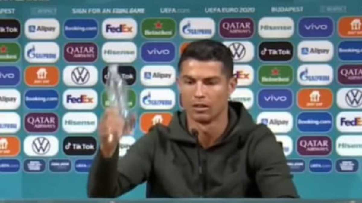 Coca Cola dan Ronaldo